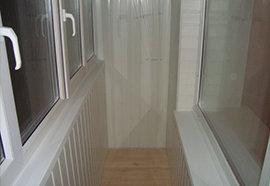 Ремонт балкона в гомеле, установка дверей, витражное остекле.